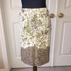 BCBGMaxAzria womens brown invory floral skirt